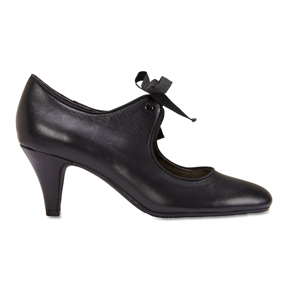 Memoir Heel in Black Leather