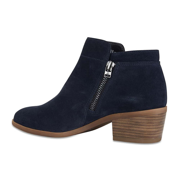 Mentor Boot in Navy Suede