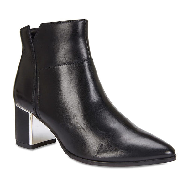 Mirage Boot in Black Leather