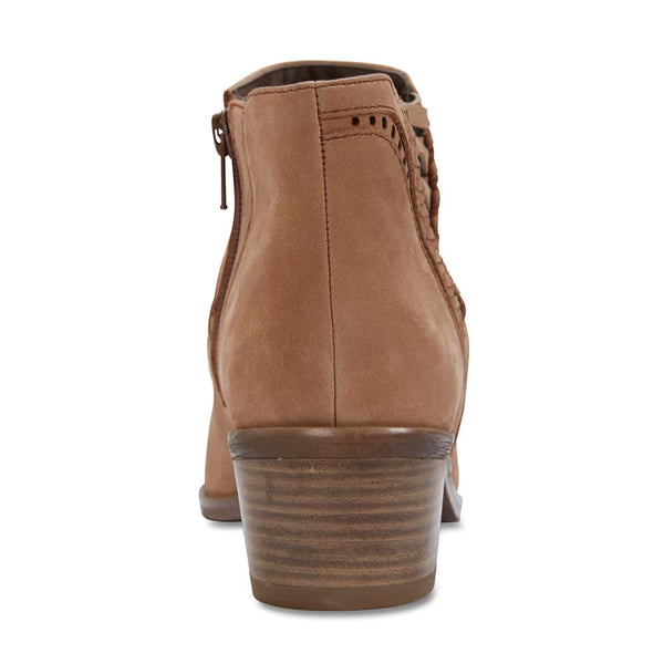 Montreal Boot in Light Tan Nubuck
