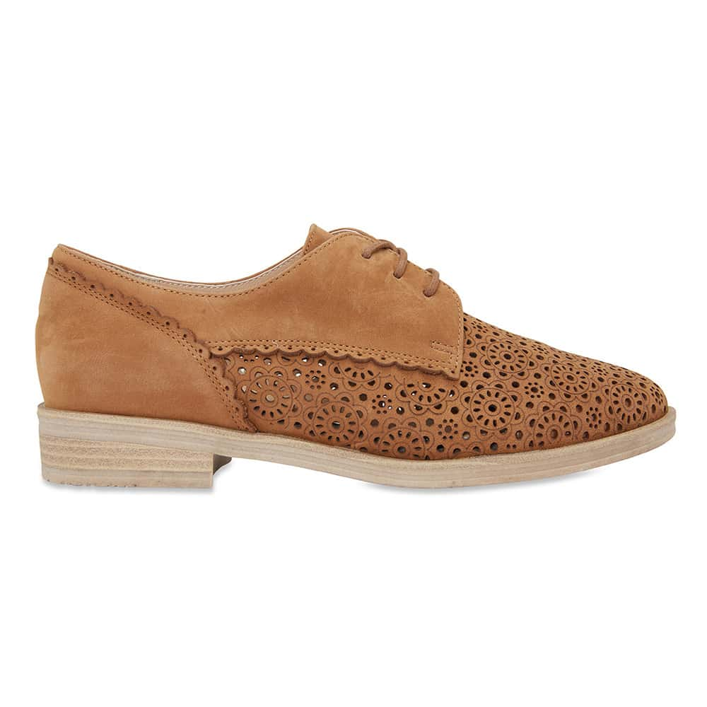 Nero Brogue in Tan Nubuck