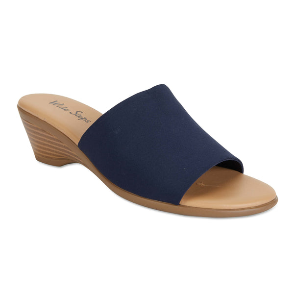 Orient Heel in Navy Fabric
