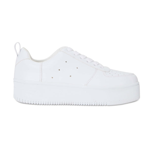 Peppy Sneaker in White