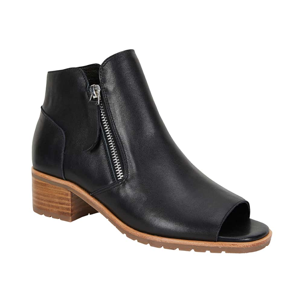 Phoenix Boot in Black Leather