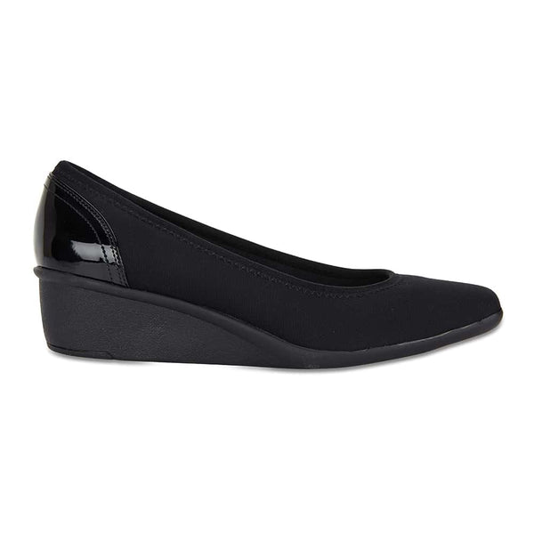 Prague Heel in Black Fabric