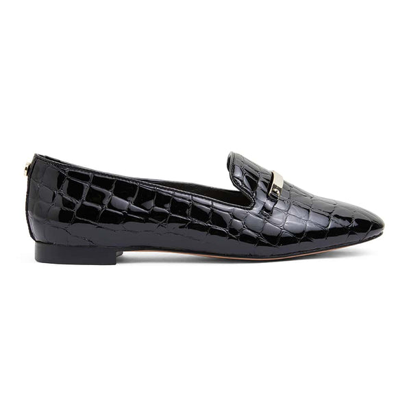 Quantum Loafer in Black Leather
