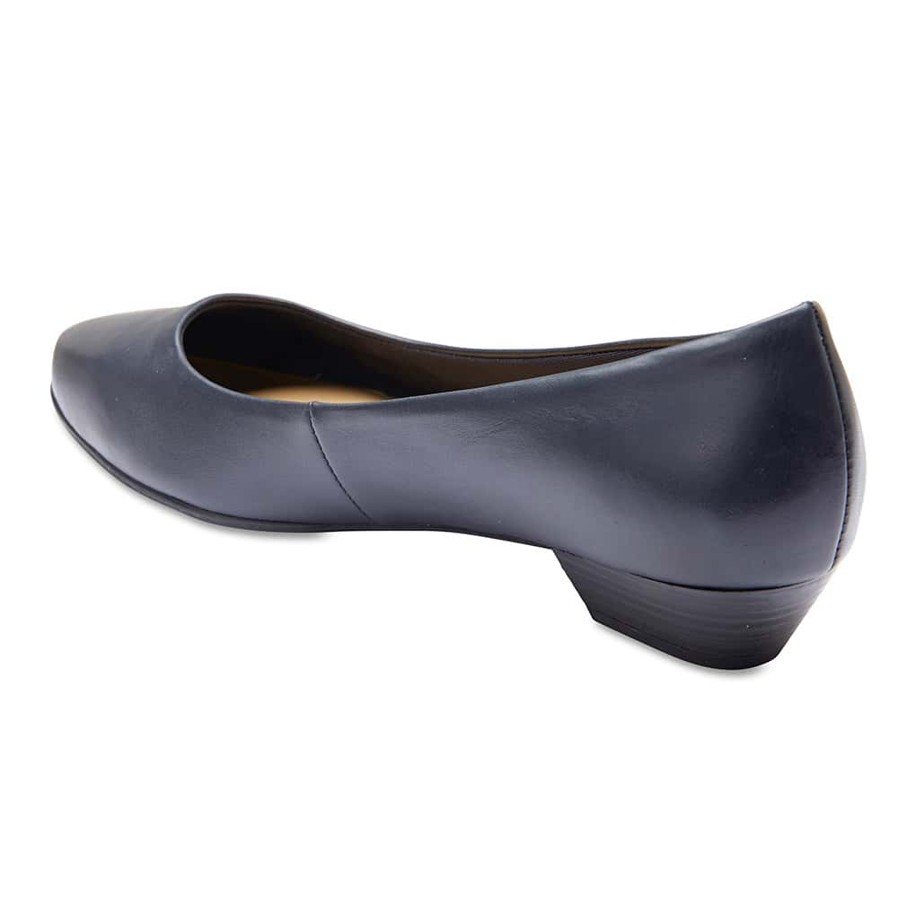 Regal Heel in Navy Leather
