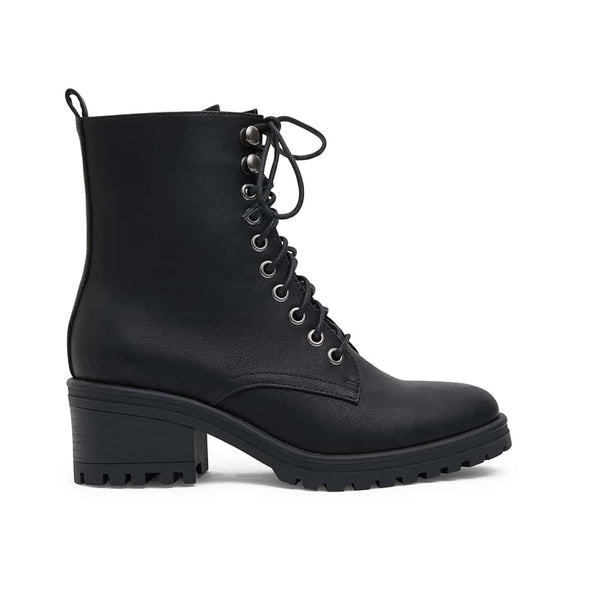Ronnie Boot in Black Smooth