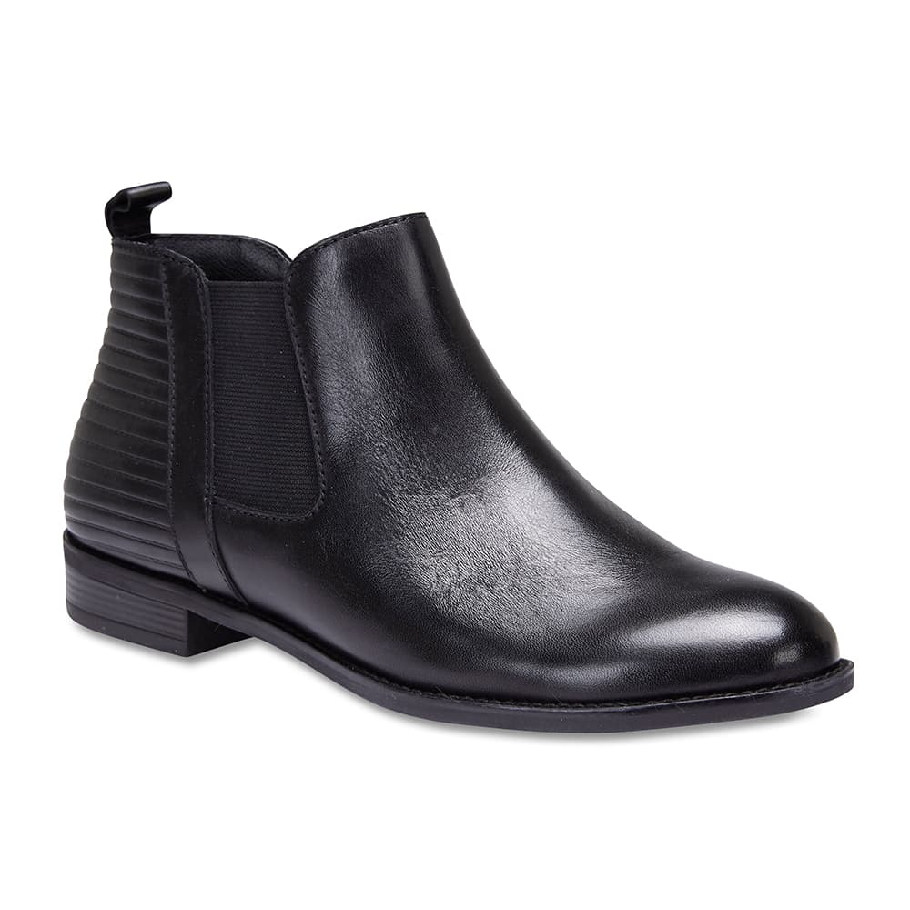 Sutton Boot in Black Leather