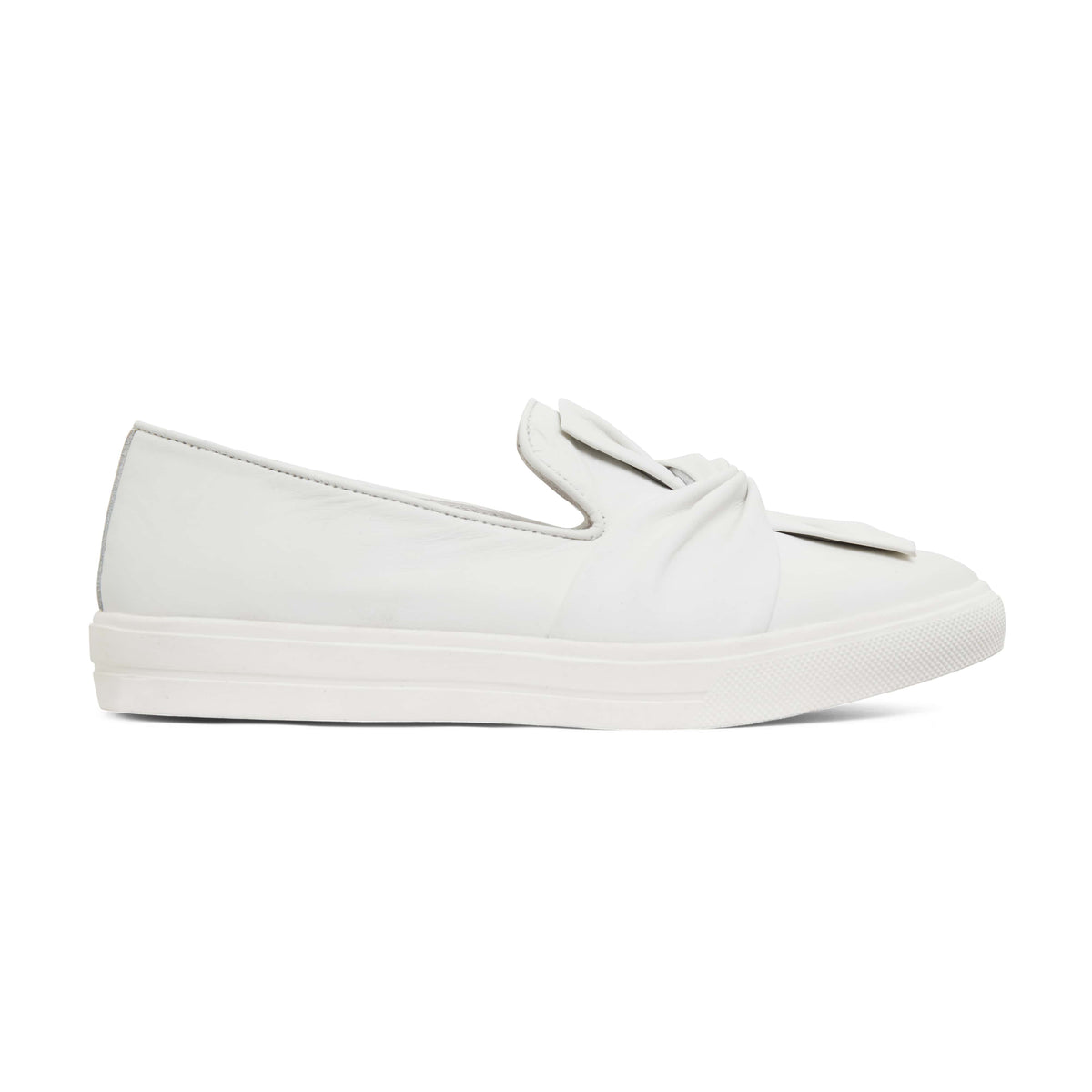 Talia Flat in White Leather