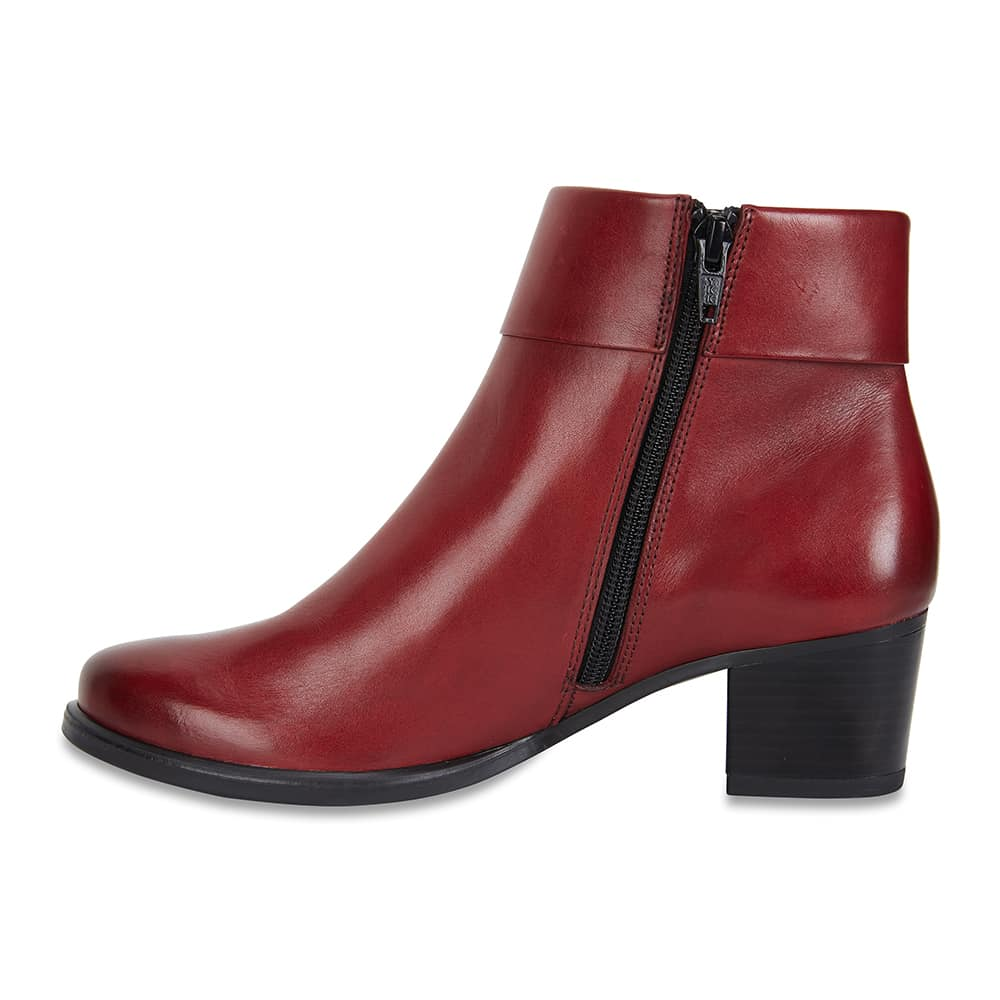 Tenor Boot in Red Leather