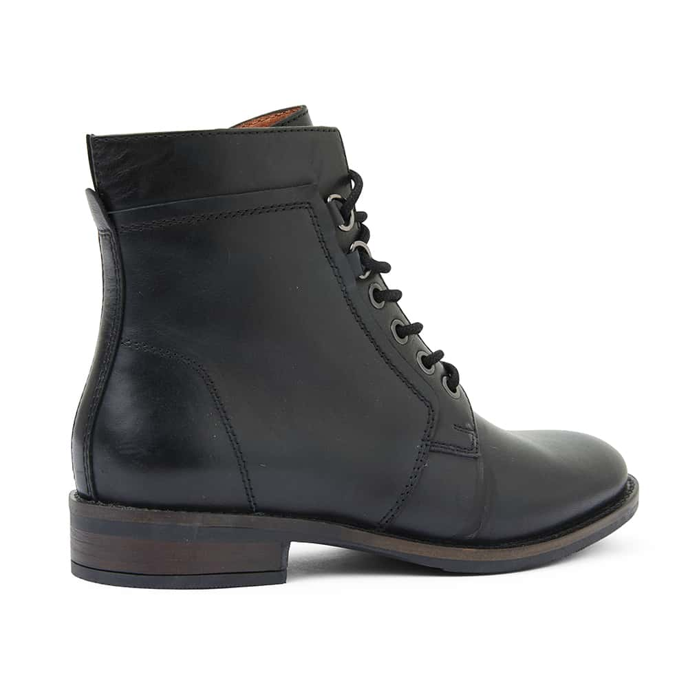 Tommy Boot in Black Leather