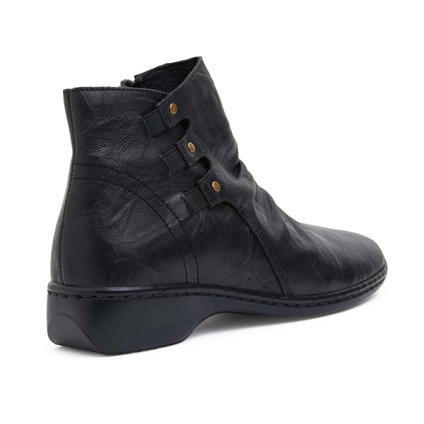 Valiant Boot in Black Leather