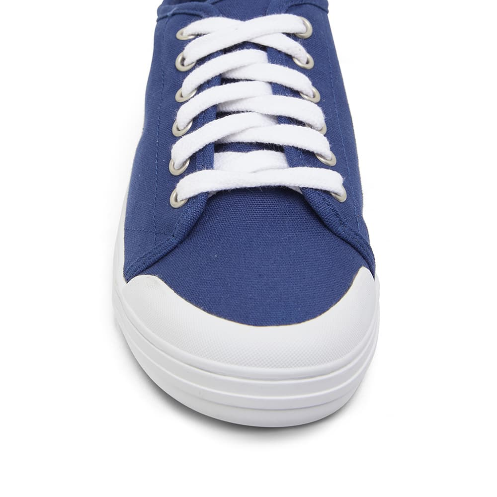Ventura Sneaker in Navy Canvas
