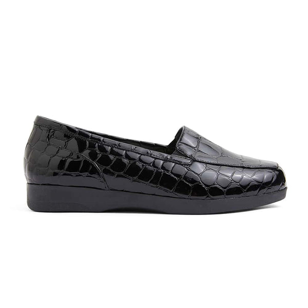 Verse Loafer in Black Patent