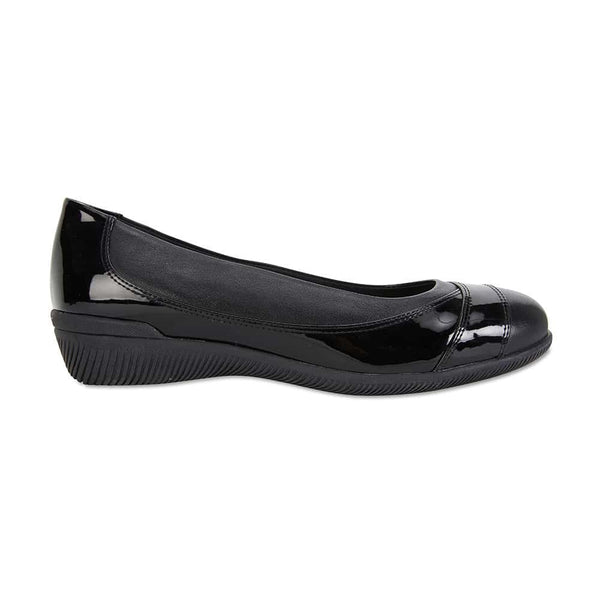 Virgo Flat in Black Patent