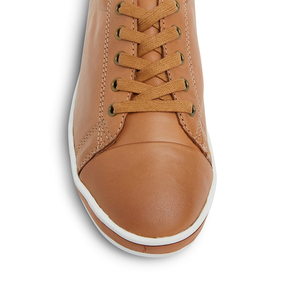 Waffle Sneaker in Tan Leather