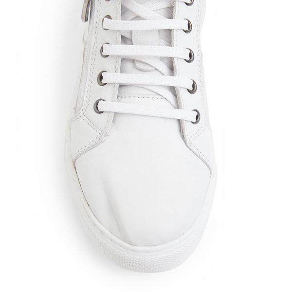 Wales Sneaker in White Leather