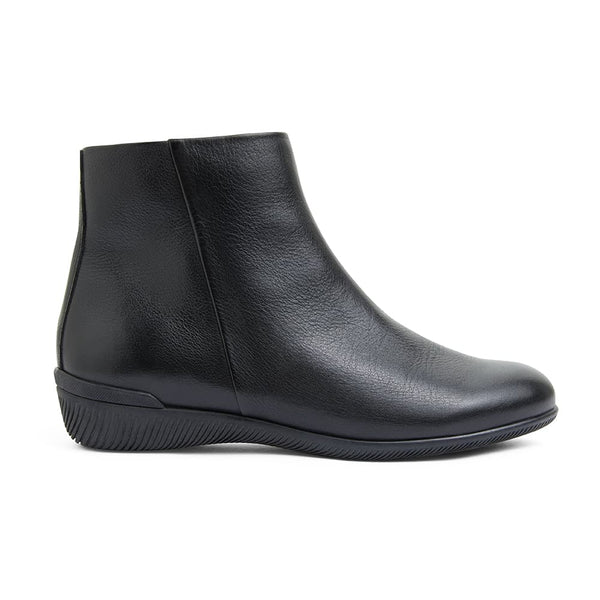 Walker Boot in Black Leather