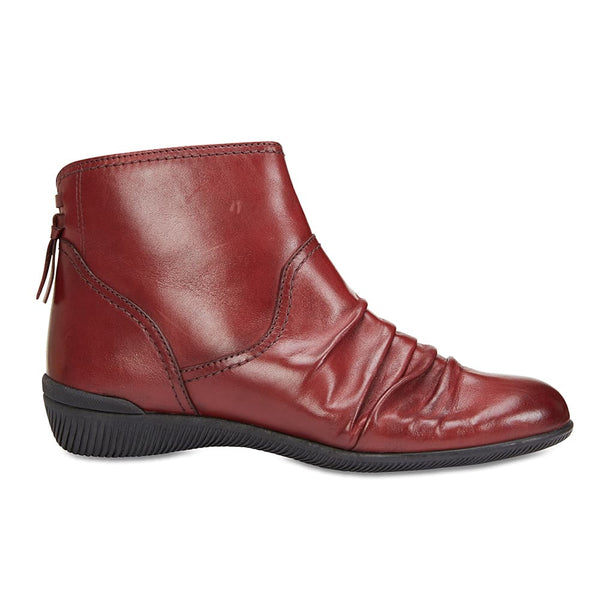 Waltz Boot in Red Leather