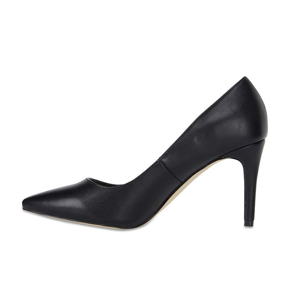 Wild Heel in Black Smooth