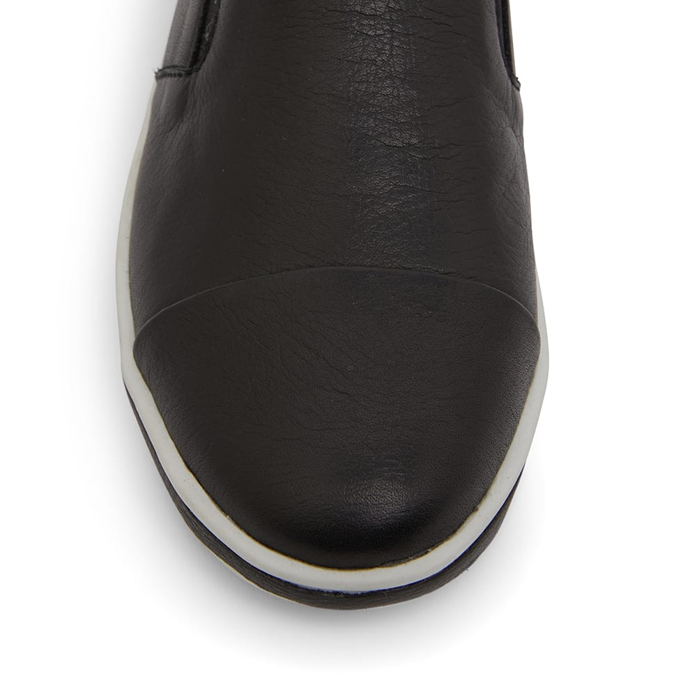 Wise Sneaker in Black Leather