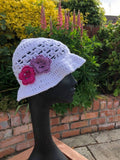 Ladies cotton sun hat with flowers