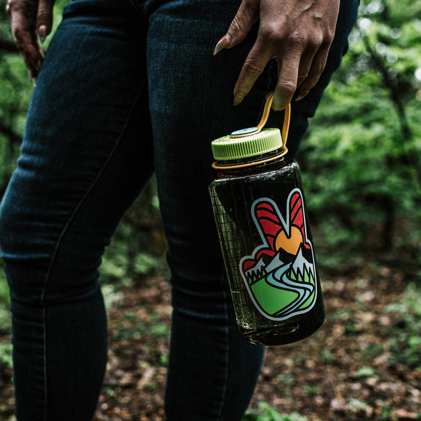 32oz Peace Water Bottle
