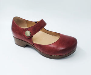Dansko Beatrice Red Work Womens Waitress Clogs