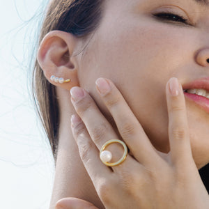 In-Trigue Gold Pearl Ear Climber
