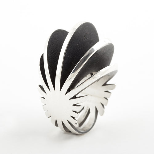 Sarah Herriot Silver and Black Contrast Fan Detail Ring