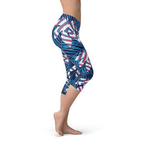 Blue Tropical Leaf Capri Leggings for Women - Outletfy