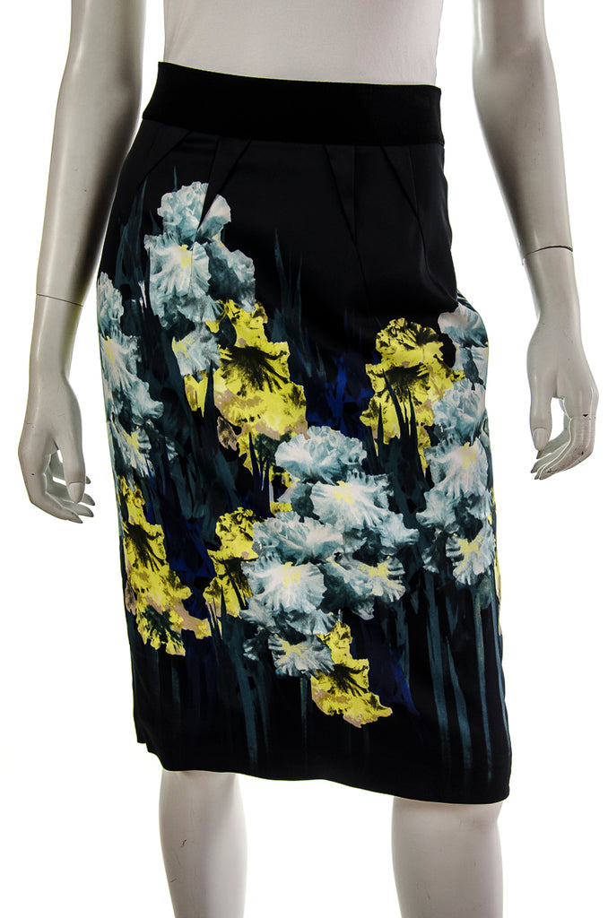 9b9059771a Karen Millen floral print pencil skirt | OWN THE COUTURE | Canada's ...