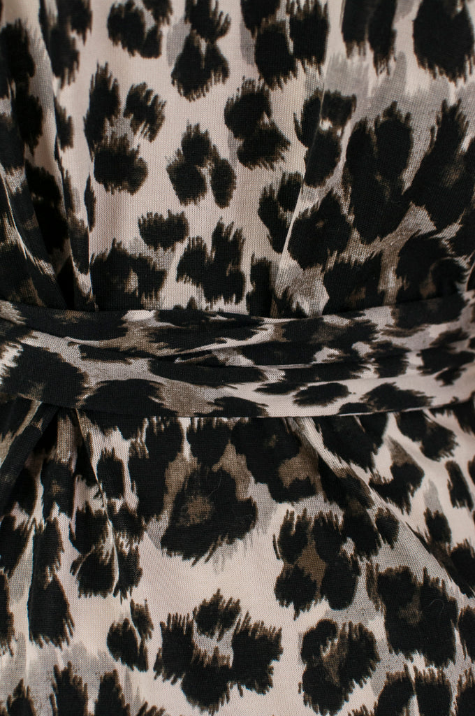 Diane von Furstenberg New Julian Two mini animal print wrap dress Size M | US 8 - OWN THE COUTURE