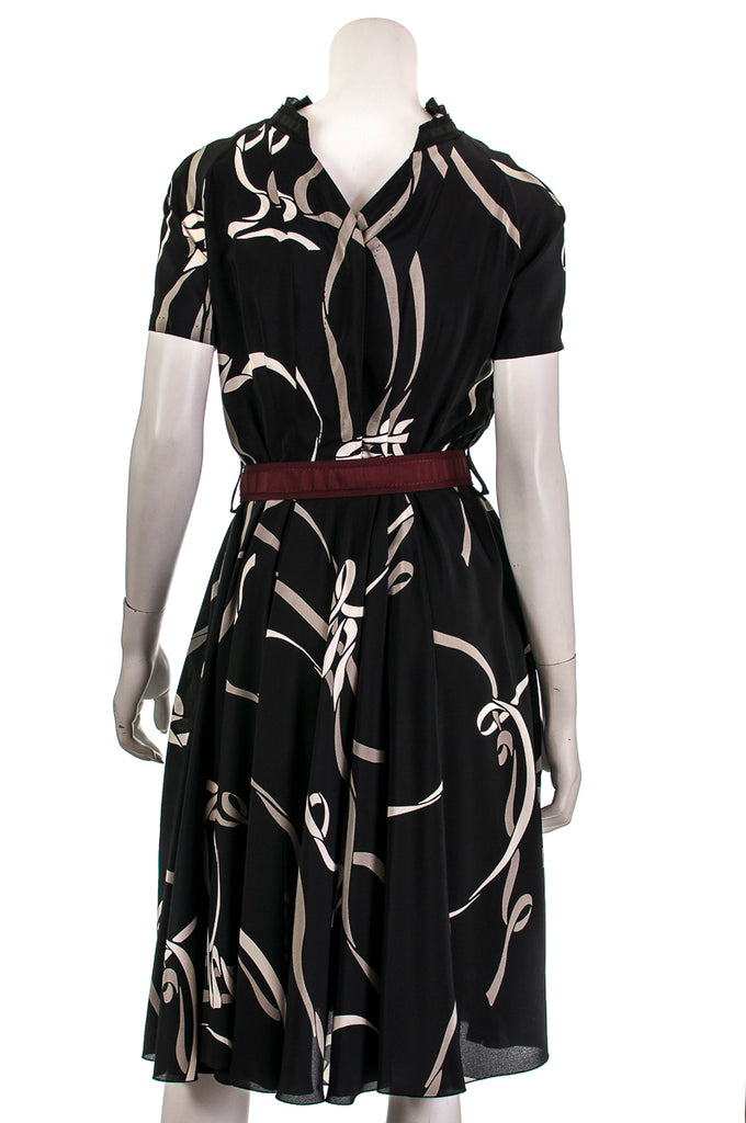 Louis Vuitton ribbon printed belted dress Size XS | FR 36 - OWN THE COUTURE