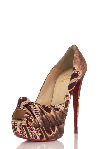 5a3c11ec3c0 Christian Louboutin - Preowned Louboutin Shoes in Excellent Condition