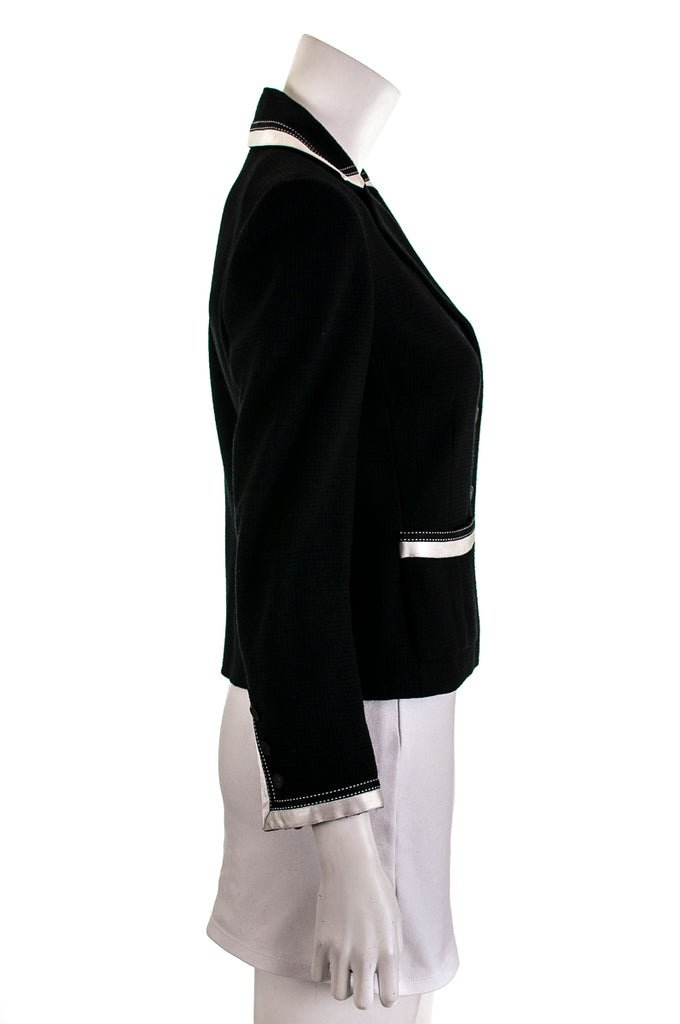 Chanel ribbon trimmed jacket Size M | FR 40 - OWN THE COUTURE