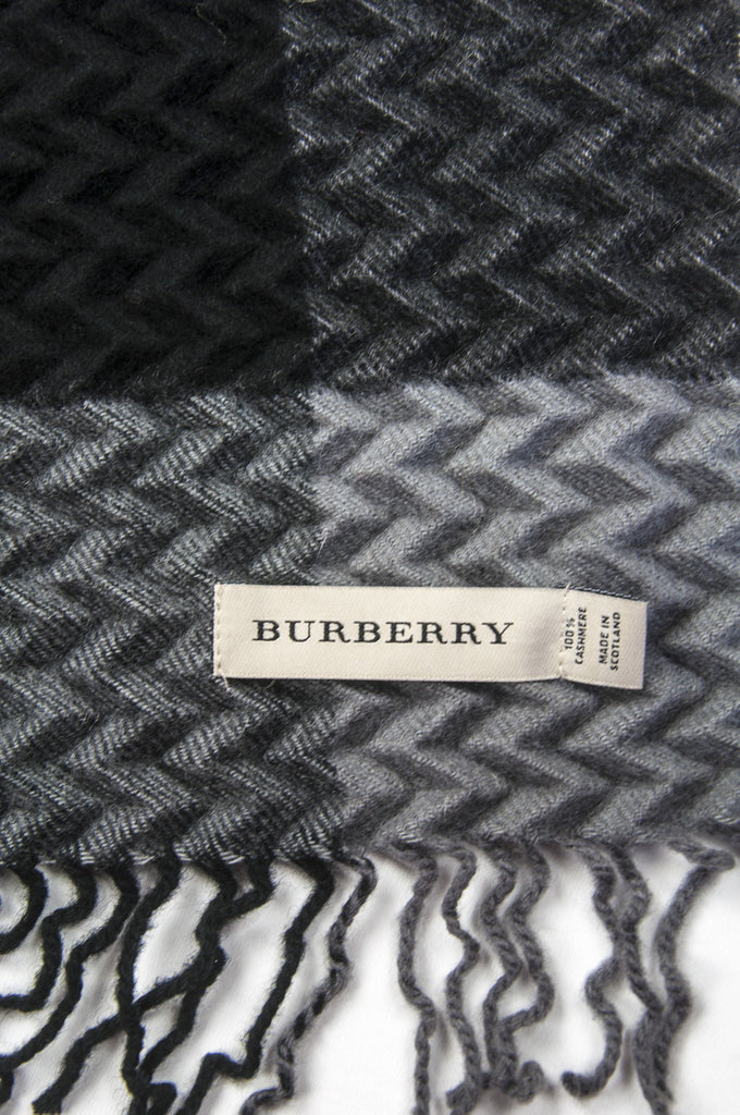 Burberry waffle embossed cashmere check scarf  [20% OFF] - OWN THE COUTURE