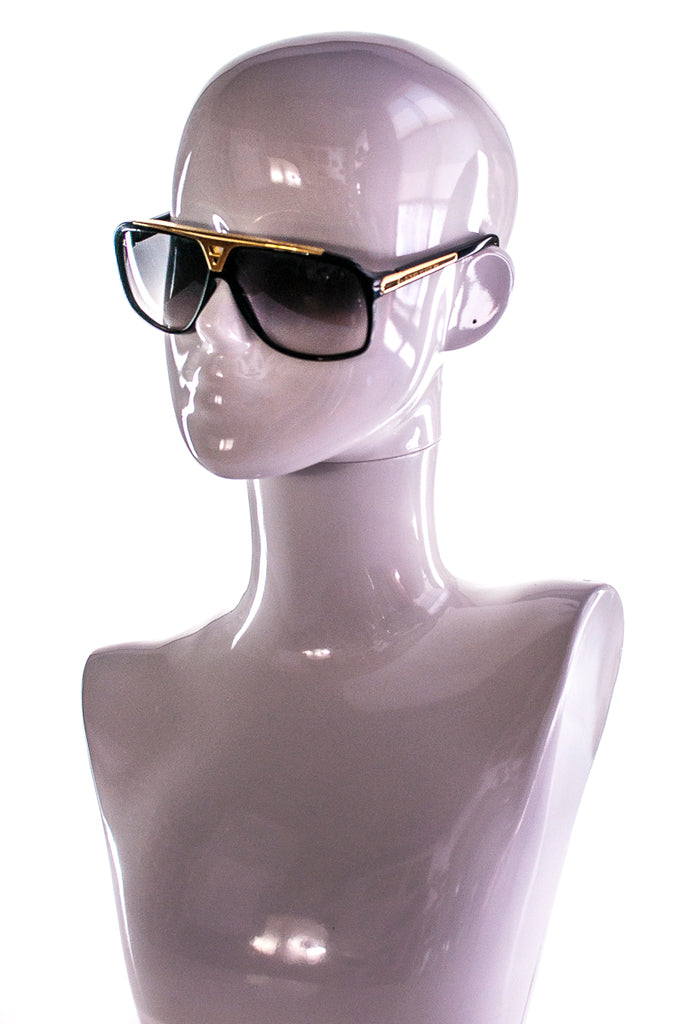 9f6256904f5 ... Louis Vuitton Evidence aviator sunglasses - OWN THE COUTURE ...