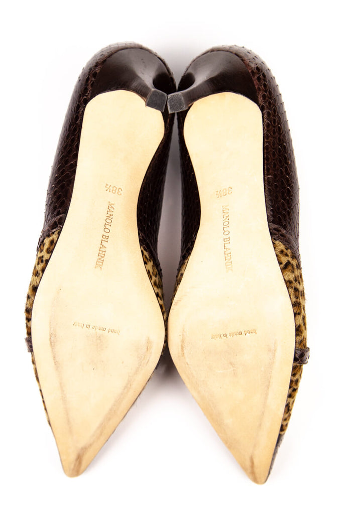 99d9b75354d Manolo Blahnik Snakeskin and Leopard Print Brown Pumps Size 8.5 | EU 38.5