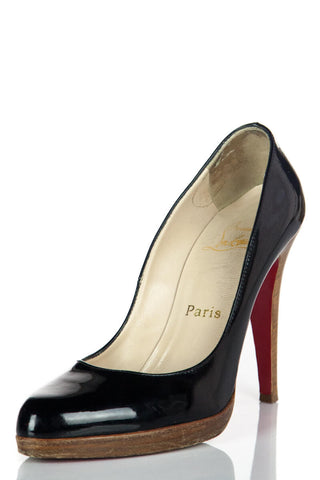 adbfdff32e Christian Louboutin - Preowned Louboutin Shoes in Excellent Condition