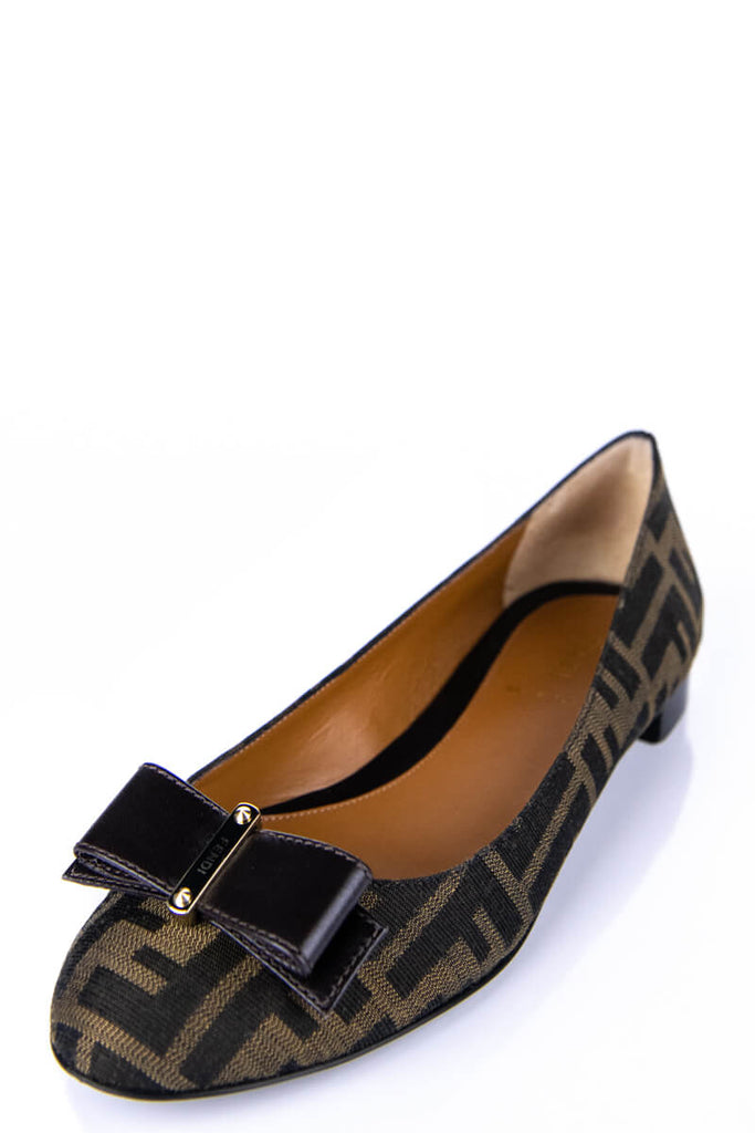 d7802e4f96ecb ... Fendi Brown Zucca Bow Embellished Ballet Flats Size 8 | EU 38 - OWN THE  COUTURE ...