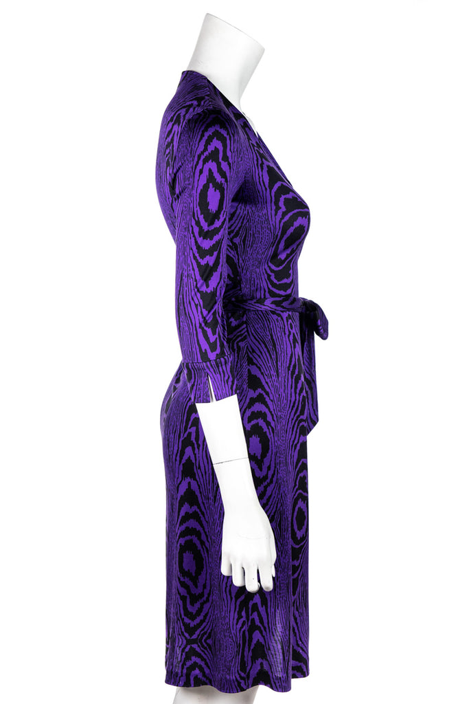Diane Von Furstenberg Purple and Black Julian Wrap Dress Size XXS | US 2 - OWN THE COUTURE