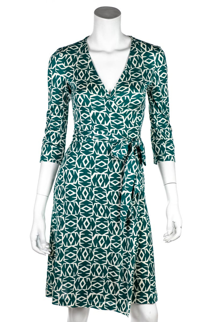 74115a8648071 ... Diane Von Furstenberg Green And White Julian Wrap Dress Size XXS