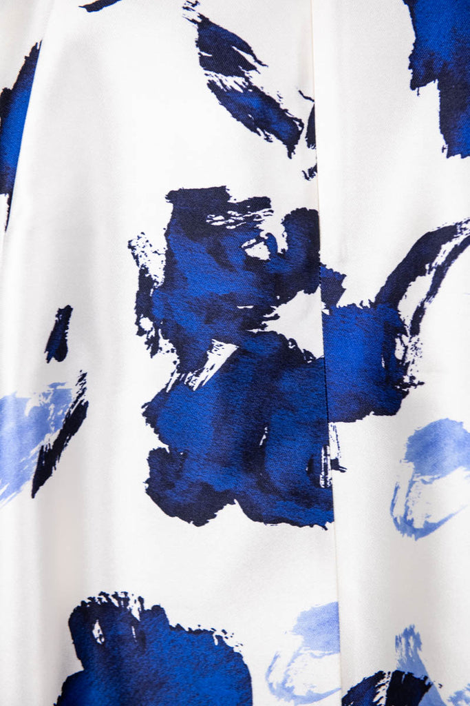 Oscar de la Renta Blue and White Graphic Print Resort 2016 Silk Dress Size S | US 6 [20% OFF] - OWN THE COUTURE