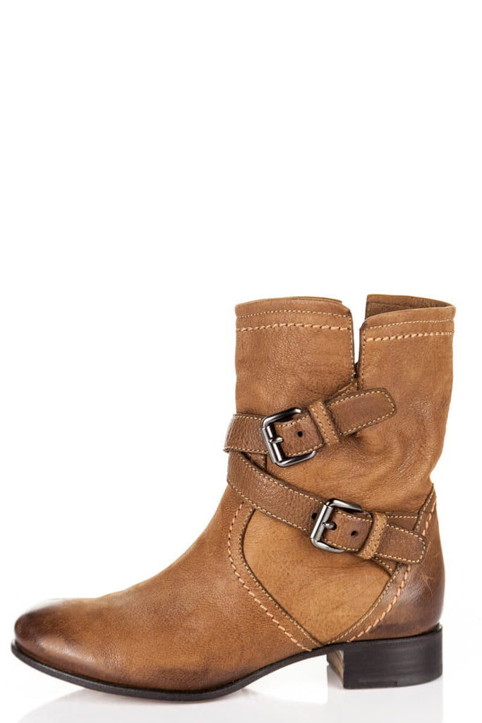 ... Prada tan leather ankle flat boots with buckles US 5  441deb980e1f