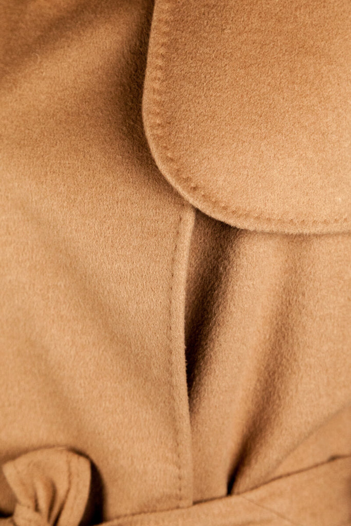 Burberry London long beige belted coat L | UK 14 - OWN THE COUTURE