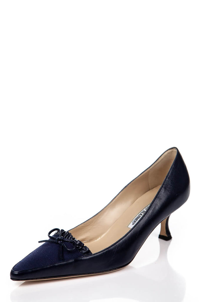 887a9f684c ... Manolo Blahnik Navy Leather and Canvas Kitten Heel Pumps Size 8.5 | EU  38.5 - OWN ...