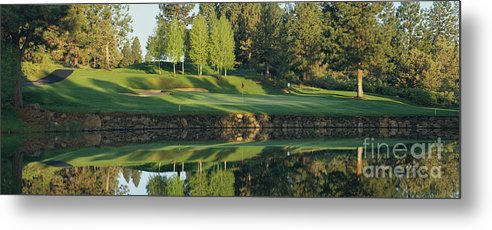 Bend Golf And Country Club - Metal Print