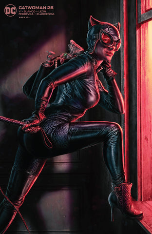 CATWOMAN #25 VARIANT